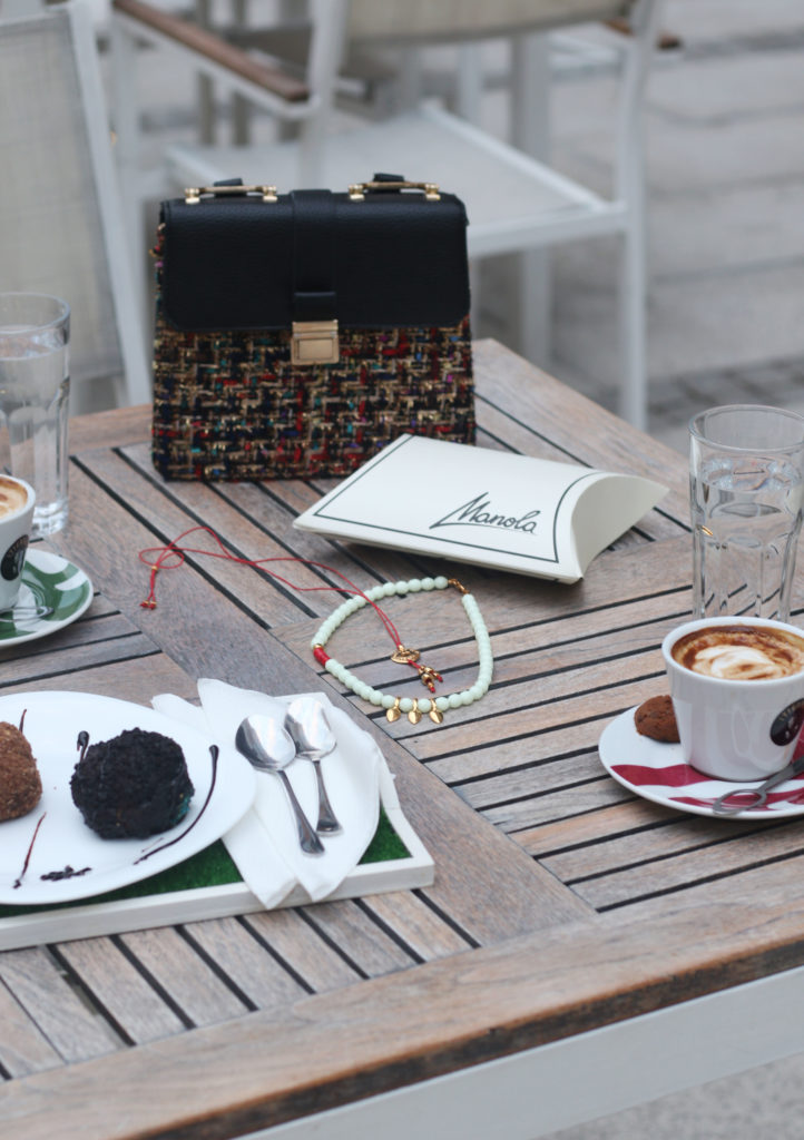 Coffee time with style - favorite jewelry - stylish look